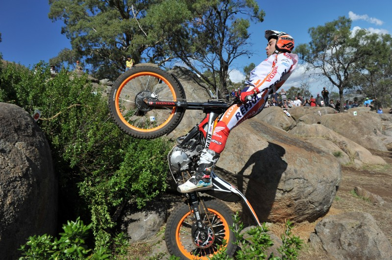 Champion Bou wins on day two in Australia – Fujinami sixth