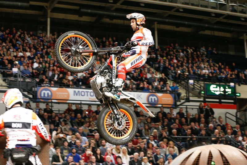Toni Bou off to a flying start in the 2015 X-Trial World Championship