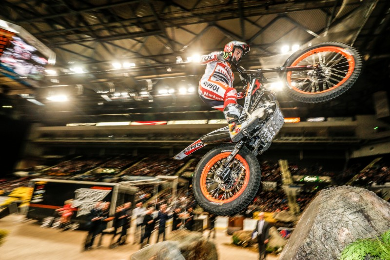 Toni Bou second in the X-Trial 2016 season opener