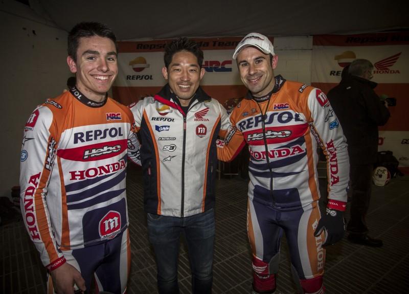Toni Bou, Takahisa Fujinami y Jaime Busto, en el X-Trial de Barcelona