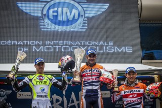 TeamHRC16_RepsolHondaTeam_r4_Podium_8610_ps