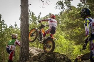 TeamHRC16_RepsolHondaTeam_r4_Busto_5421_ps