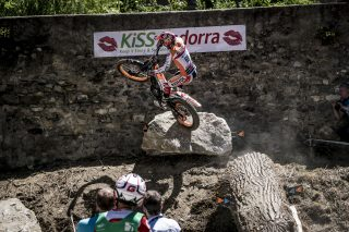 TrialGP17_r3_Q_Busto_2293_ps