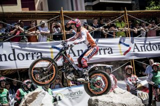 TrialGP17_r3_Q_Busto_2318_ps