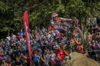TrialGP17_r5_Bou_8860_ps