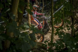 TrialGP17_r5_Bou_9185_ps