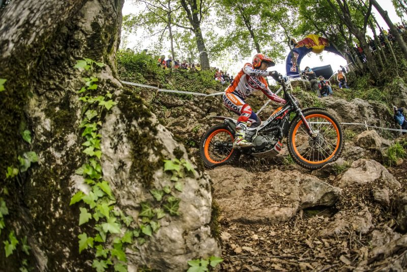 Tricky qualification for Repsol Honda Team as the World Championship gets underway