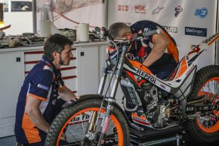 TrialGP19_r4_AMBIANCE_0861_ps