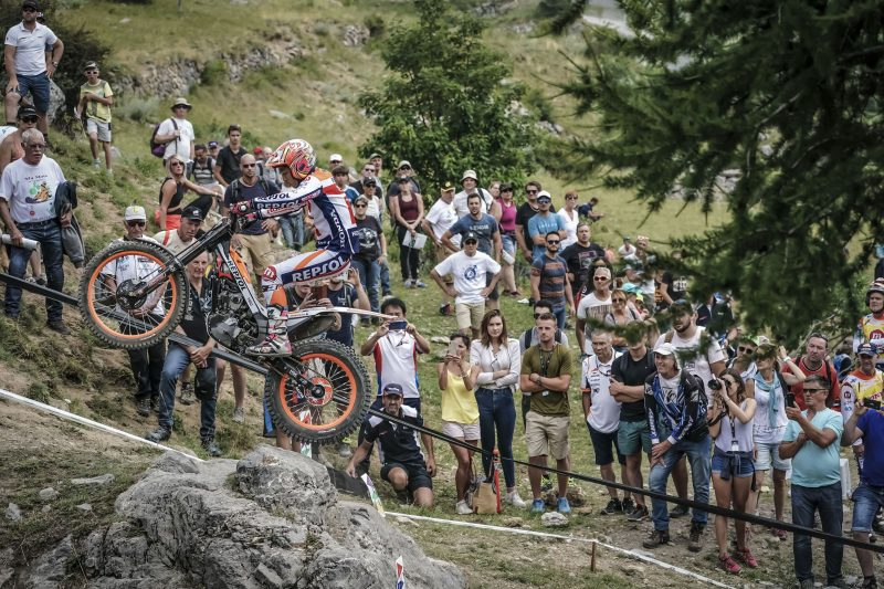 Bou and Fujinami, headed for La Nucía, to close the TrialGP World Championship