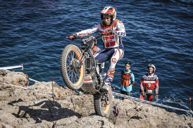 Toni Bou triumphs with the Spanish team in the 2019 Trial des Nations. Takahisa Fujinami ends second with the Japanese team