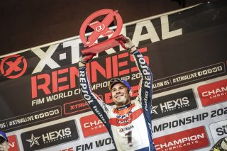 X-Trial20_r2_Podium_4612_ps